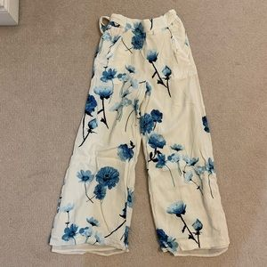 Wilfred Flowy Flowery Pants (Bow on the Back)